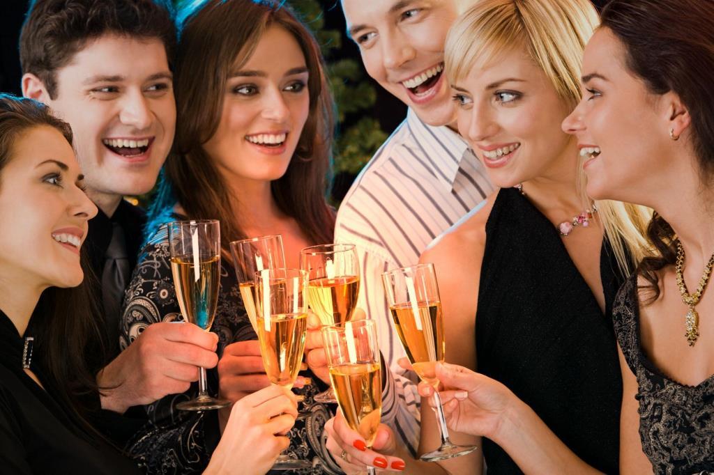 Новый год встреча с друзьями
